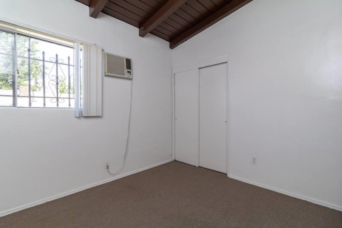 Off-campus apartment for Rent Near USC